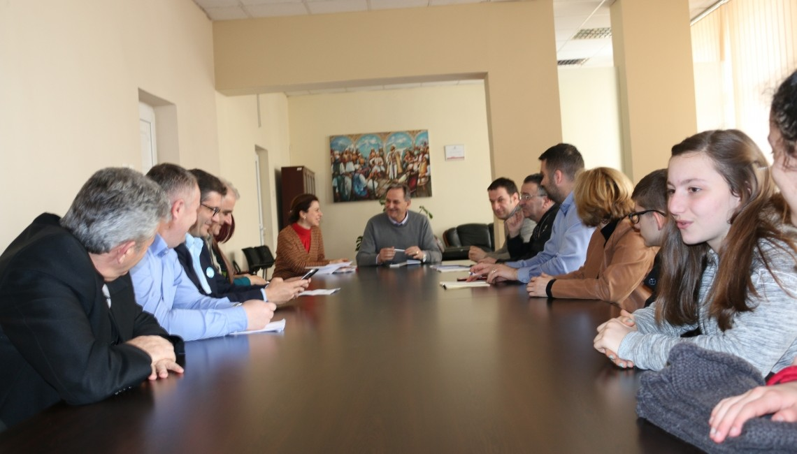 First meeting of local coordination group on career counseling and orientation in Pejë municipality